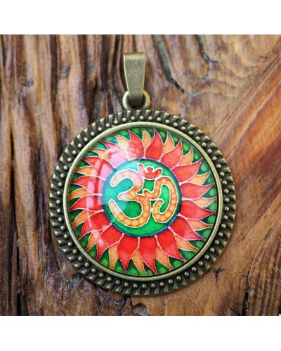 "Pendant with mandala ""OM"" green."
