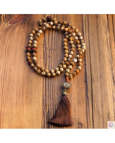 """Mala with """"Om"""" mantra of 108 beads."""