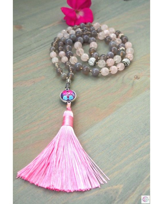 """Necklace with the mandala """"Flower of Life Love and Wisdom""""."""
