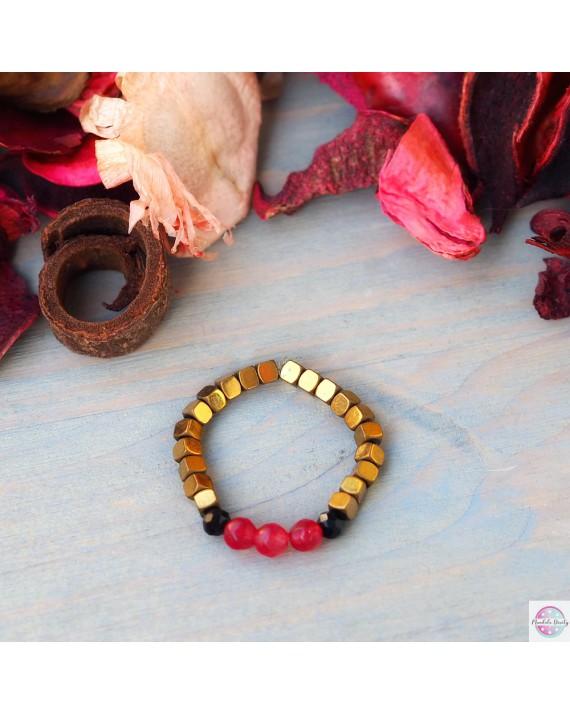 Pierścionek elastyczny  z czerwonym agatem.